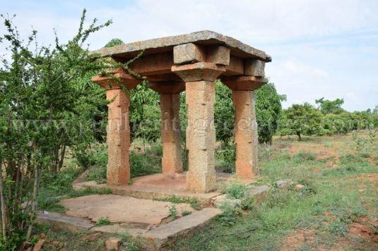 Karnataka_Tumkur_Kuchhangi_Parshwanath_Digambar_Jain_Temple_0018
