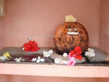 Kuchhangi_Parshwanath_Temple_Tumkur_District_Karnataka_India_0005