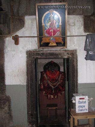 Shravanabelagola-Town-Bhandari-Basadi-Jain-Temple-0015