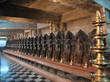 Shravanabelagola-Town-Bhandari-Basadi-Jain-Temple-0017
