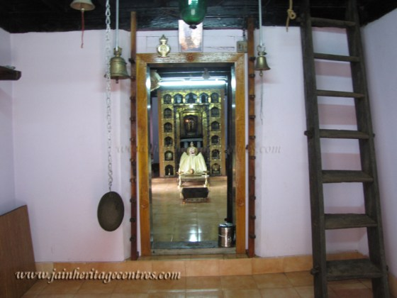bajarkala_20111020_1105840265
