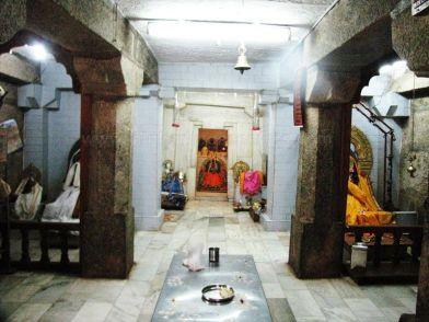 sri_ananthanatha_swamy_digambar_jain_temple_hosaholalu_20120828_1100535527