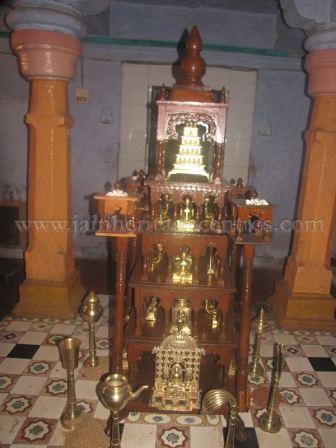 sri_digambar_jain_temple_alaguru_-_karnataka_20160515_1180171083
