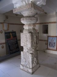 sri_kashtaharana_parshwanatha_swamy_digambar_jain_temple_-_nidugal_20120419_1464319762