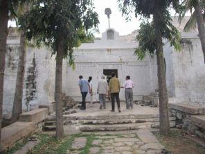 sri_mallinath_swamy_digambar_jain_temple_madhugiri_20130218_1138153455 - Copy