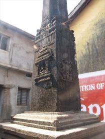 sri_parshwanatha_basadi_bhatkal_20120828_1671385418