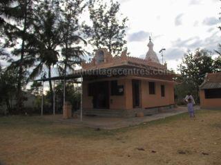 sri_parshwanth_swamy_digambar_jain_temple_bmatakere_20130218_1853017949