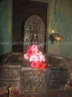 sri_shanthinath_and_anathanath_swamy_digambar_jain_temple_-_kandikere_20160515_1975504594