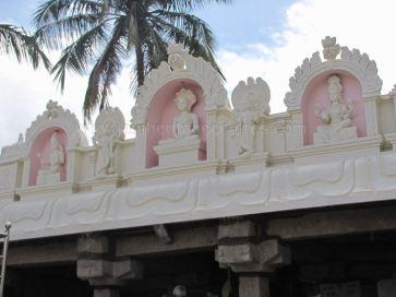 sri_suparshwanath_swami_digambar_jain_temple_midigeshi_karnataka_india_20130218_1777035540