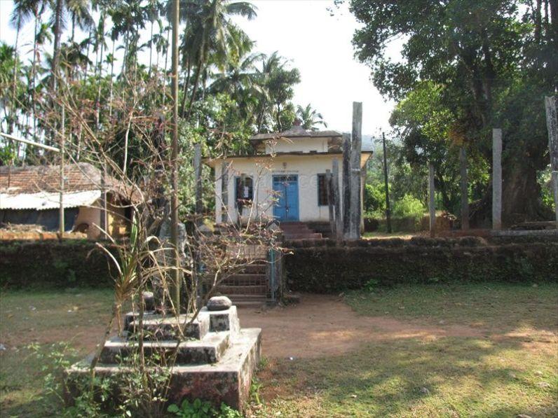 sri_vardhamana_swami_digambar_jain_temple_bidarur_20121021_1665828622