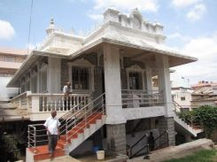 suvarna_parshwanatha_swamy_digambar_jain_temples_bangalore_20120528_1596015021