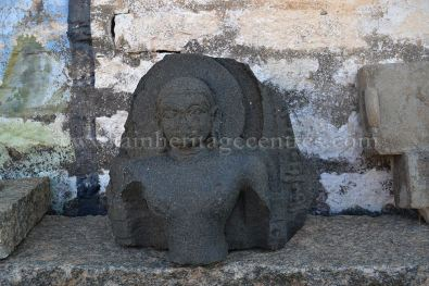 Mandaragiris-Jain-Heritage-Rediscovered-06-The-Ruined-Tirthankar-Idol-of-12th-Century-found-on-the-Mandaragiri-Hill