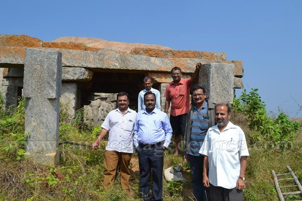 The Researchers infront of the Ruined Temple