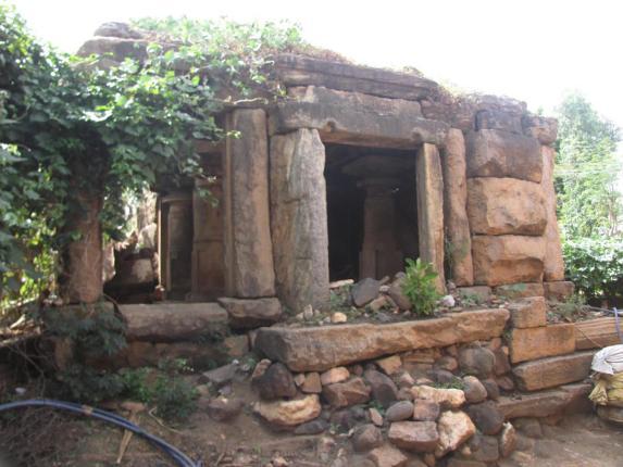 Parshwanath Tirthankar Jain temple before renovation, Makodu, Mysuru, district, Karnataka.
