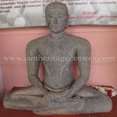 ruined_jain_tirthankar_idols_at_state_archaeology_museum_-_mysore_20160628_1450777588