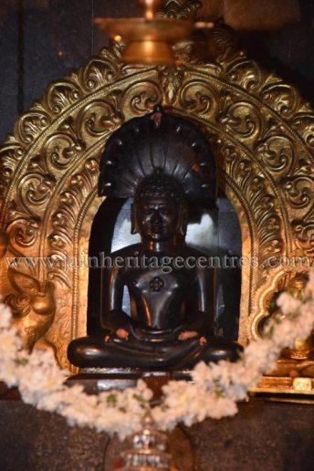 sri_parshwanath_digambar_jain_temple_-_chikkanakodige_-_karnataka_20160515_1168998517