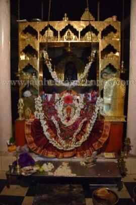 sri_parshwanath_digambar_jain_temple_-_chikkanakodige_-_karnataka_20160515_1658824144