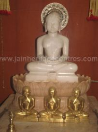 sri_shanthinath_swamy_digambar_jain_temple_duggavara_20140109_1675120865