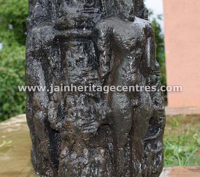Unique Chaturmukha idol with the carvings of 24 Tirthankaras and Vidyamana Tirthankaras | Photo by: HPN@JHC