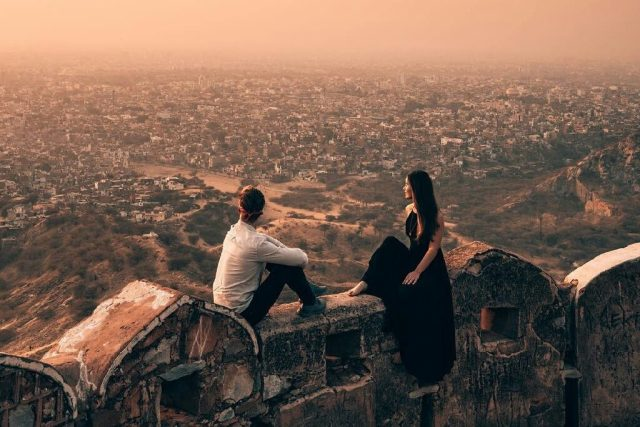 couple at Nahargarh fort