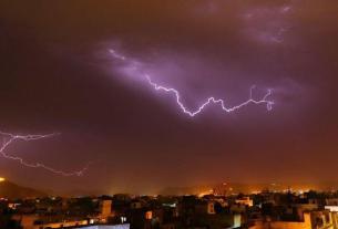 lightning strikes tower near Amer fort