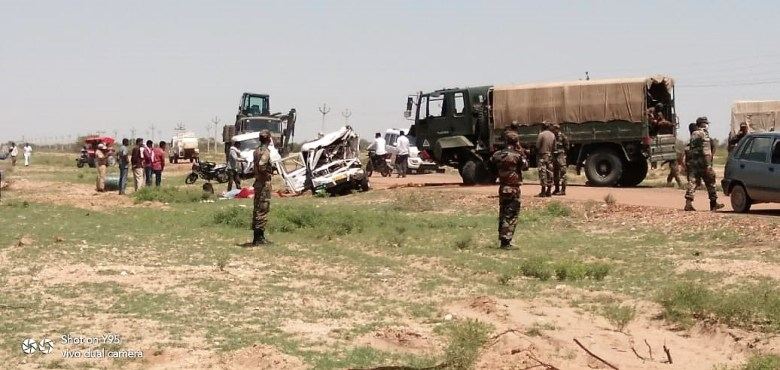 Army truck collided with Bolero Camper 4 people dead