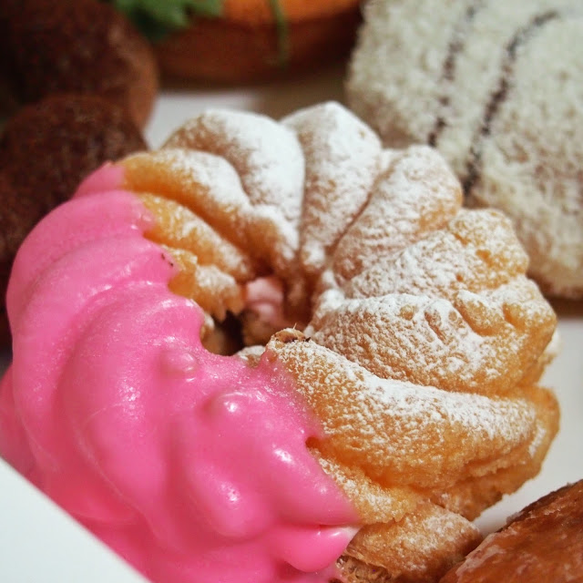 jajan beken Mister Donut Kelapa Gading