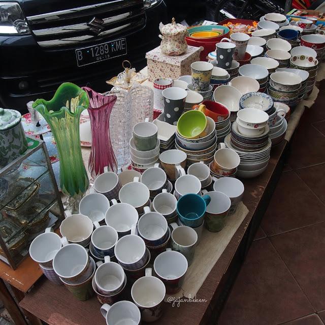 table-ware-at-mayestik-market-jakarta2