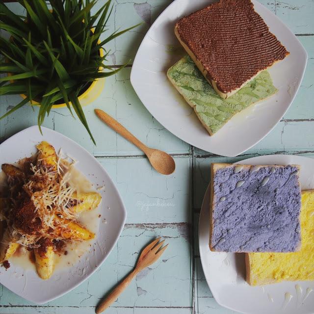 Pisang Bakar Keju Brown Sugar dan Aneka Roti Warunk Upnormal.