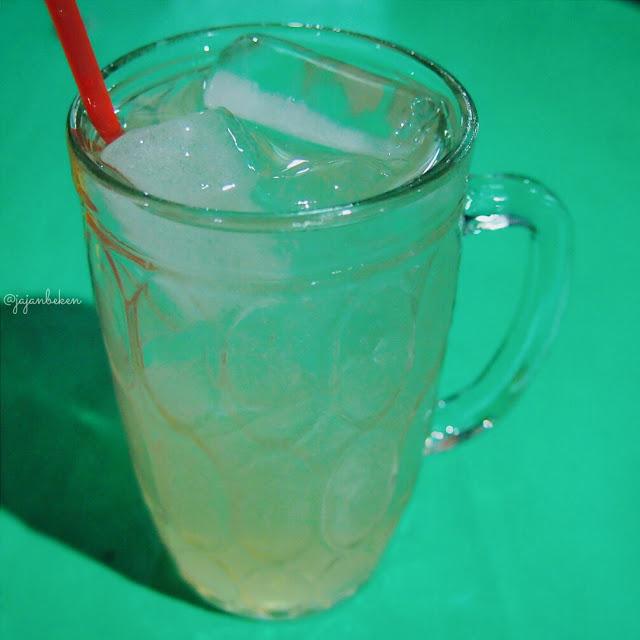 minuman di seafood ayu kelapa gading