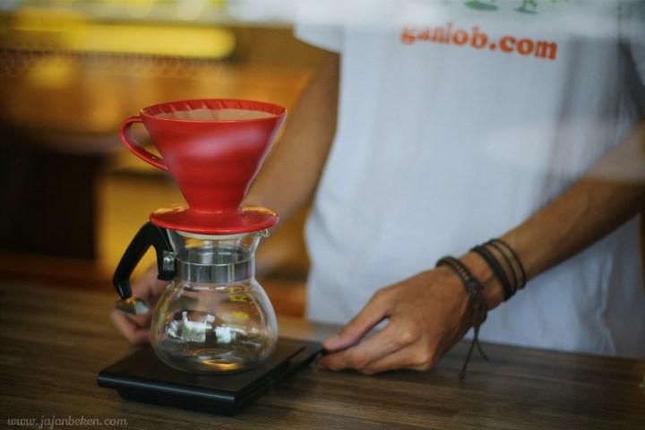 jajan beken homebrew coffee alam sutera