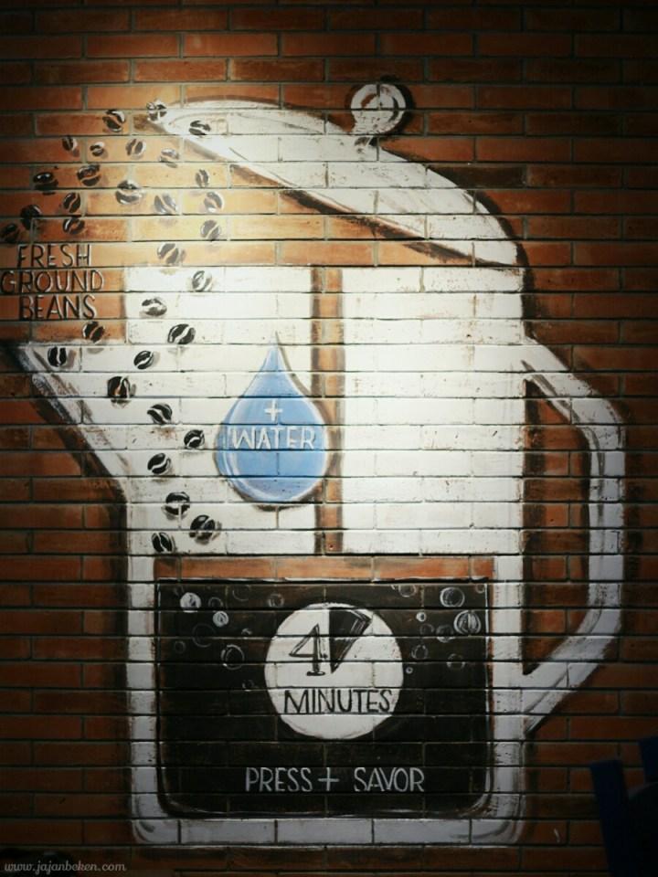 jajanbeken caribou coffee sarinah 12