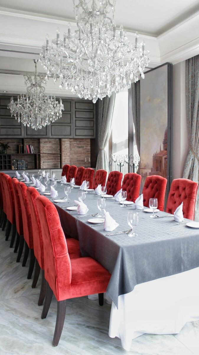 jajanbeken valentino restaurant price