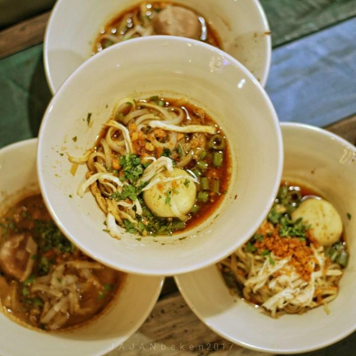 jajanbeken boat noodle bangkok