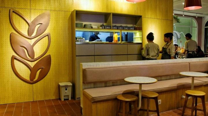 jajanbeken joe and dough plaza indonesia