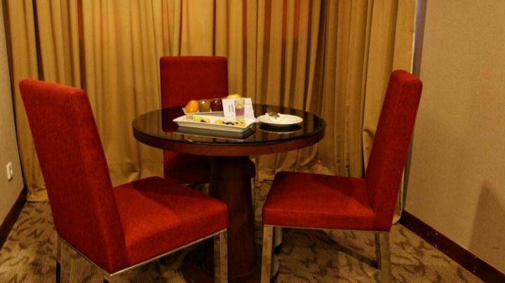 jajanbeken aston hotel pluit restaurant