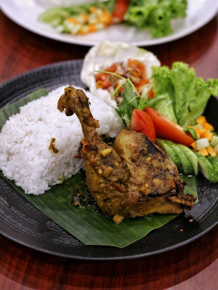 jajanbeken top food blogger indonesia