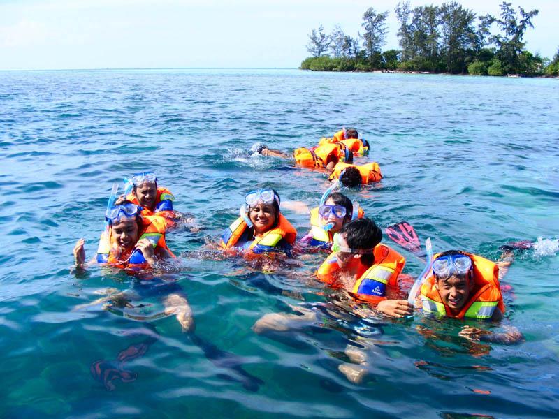 Belajar Snorkeling & Berenang