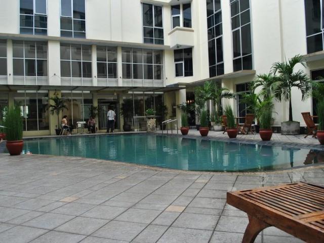 Hotel perdana wisata, bandung. jakartatraveller
