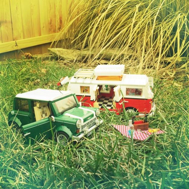 Mini Cooper and VW Camper Picnic