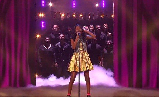 """Diamond White's powerful """"Because You Loved Me"""" was the performance of the season. (Photo property of FOX's Ray Mickshaw)"""