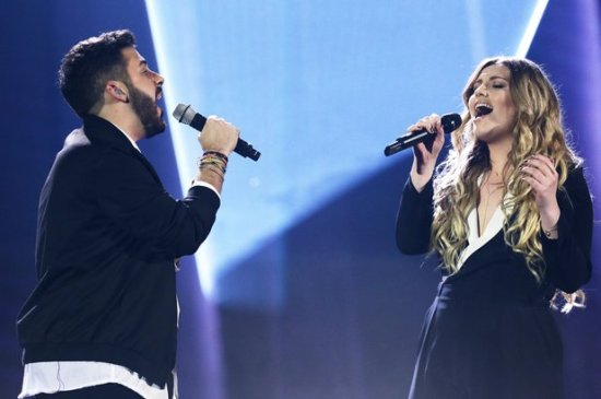 """Ella Henderson made """"X Factor UK"""" history when she became the first """"X Factor"""" alum to perform with a finalist. (Photo property of Splash Syco / Thames / Corbis)"""