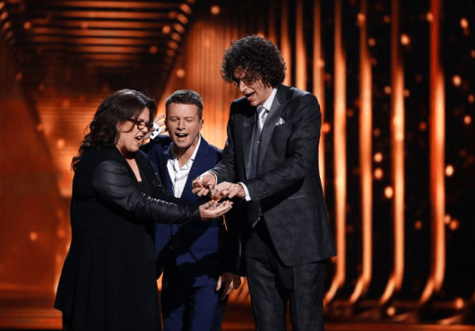 Rosie O'Donnell performs with Mat Franco and Howard Stern