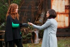 Zelena and Regina bond
