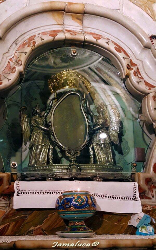 Santa Maria delle Armi - Madonna con il Bambino