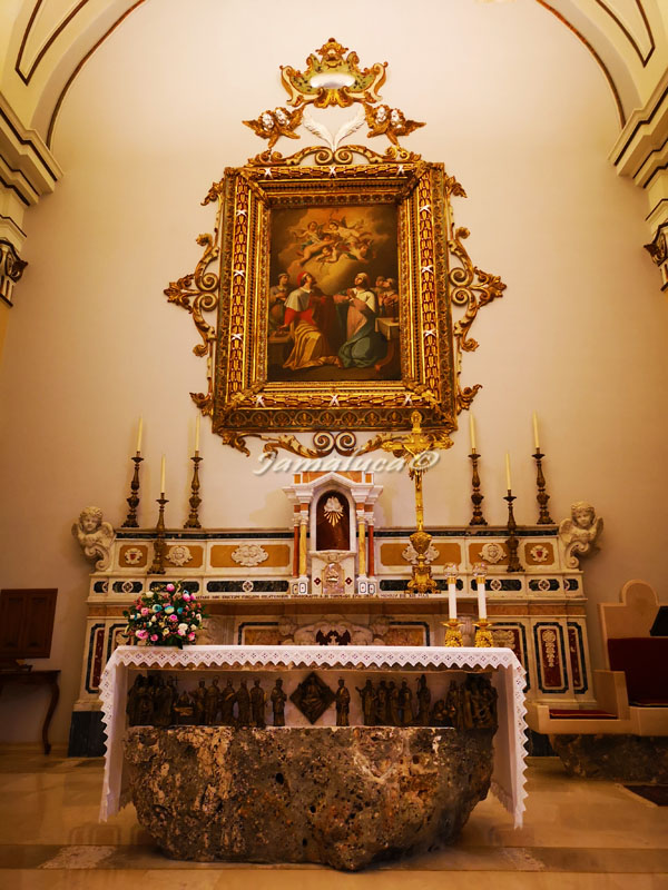 Santuario di San Cosimo alla Macchia - altare