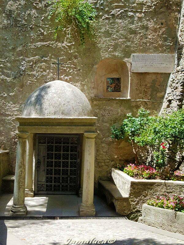 Grotta della Penitenza Santuario San Francesco da Paola