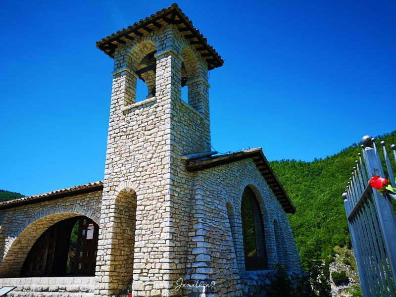 Cappella dello Scoglio Sacro di Santa Rita Roccaporena
