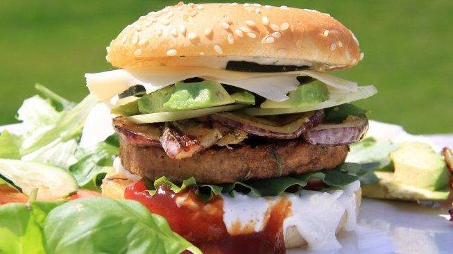 Burger vegetarian (Pixabay/unijewels)