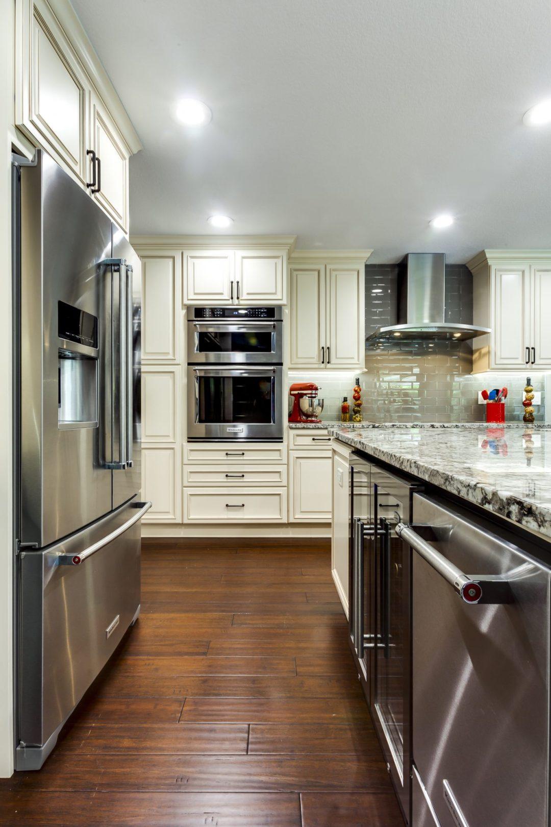 Kitchen Remodel - Weatherstone - Safety Harbor20